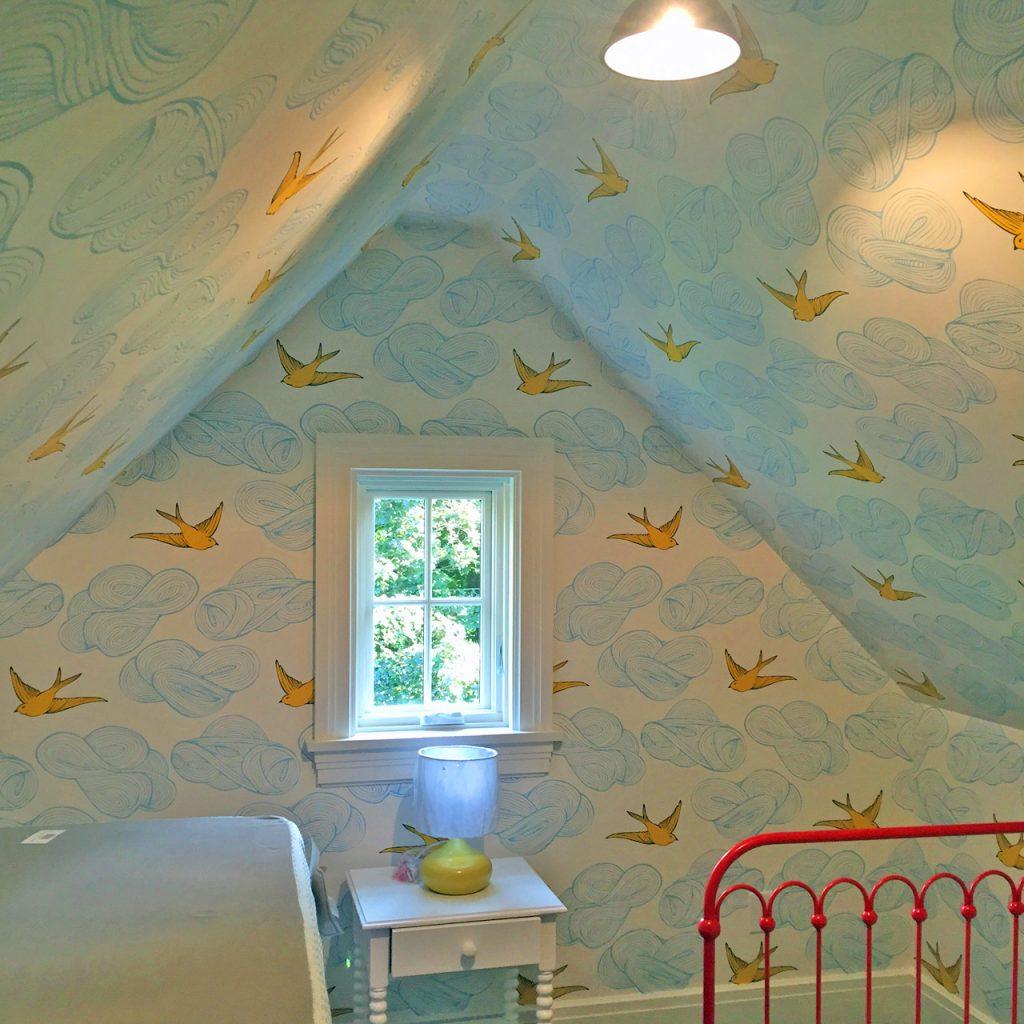 Wallpaper in nursery